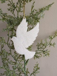 Dove christmas decoration